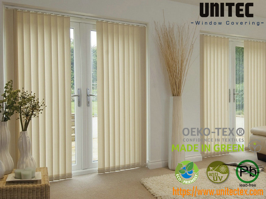 Curtains-and-vertical-blinds-for-the-living-room